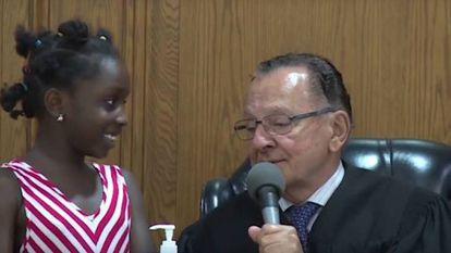Juiz dos EUA pede ajuda aos filhos dos acusados para perdoá-los