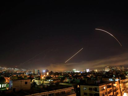 Mísseis na noite de Damasco