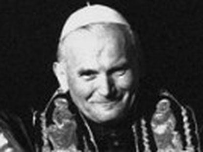 O Papa e a mulher norte-americana, casada e com três filhos, trocaram correspondências por mais de três décadas, revela a  BBC
