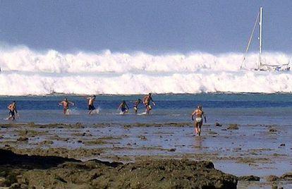 Imagem do tsunami na Tailândia em 2004, feita por um amante da fotografia.