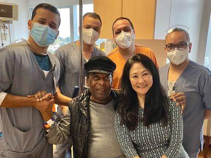 Pelé recebeu alta do hospital nesta quinta-feira, 30 de setembro.
