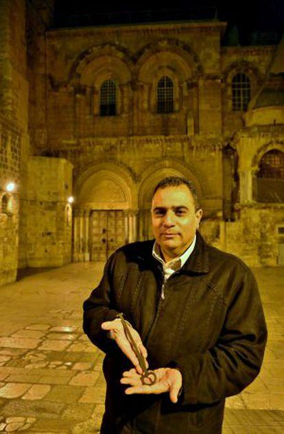 Joudeh, guardião da chave que abre o Santo Sepulcro de Jerusalém.