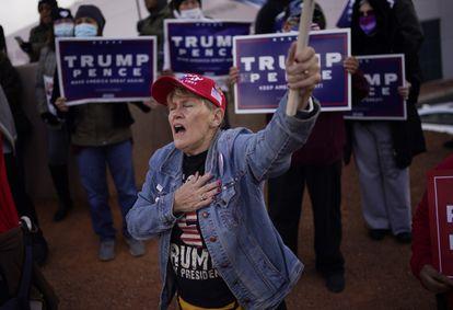 Apoiadora de Donald Trump em um protesto contra os resultados das eleições, no mês passado, em Las Vegas.