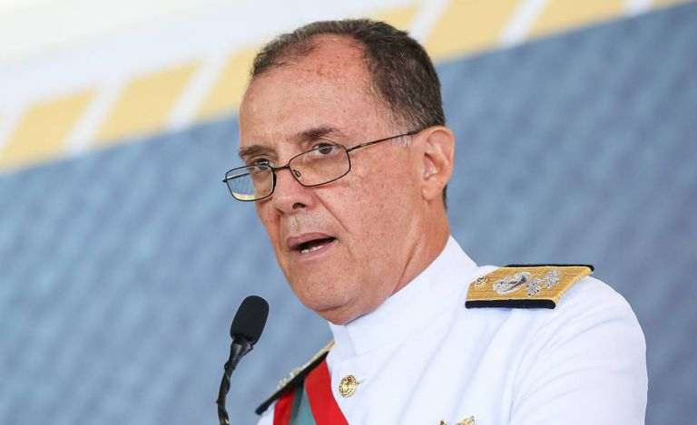 O almirante Ilques Barbosa Junior, em janeiro.