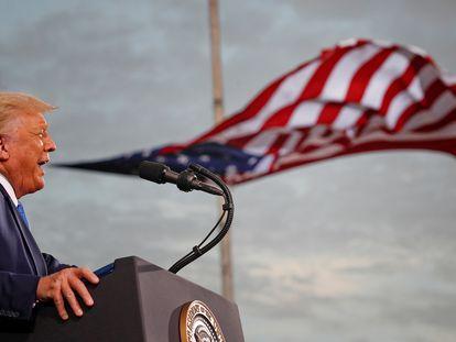 Donald Trump durante um comício no Arizona em 28 de outubro.