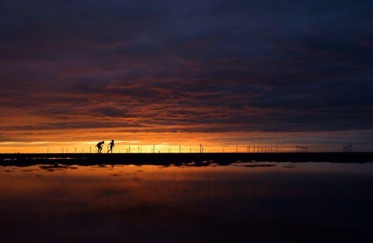 Pôr do sol em uma praia de New Brighton. Bianca adorava a praia, como lembra o primo Pedro Ivo na carta em sua homenagem.