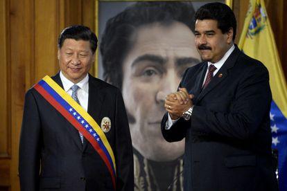 Xi Jinping e Nicolás Maduro, em julho de 2014 em Caracas.