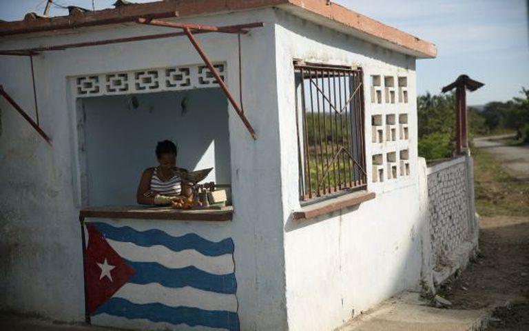 Banca de tomates em Cienfuegos, Cuba.
