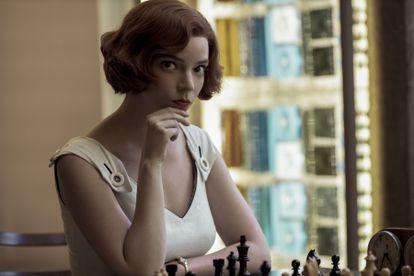Anya Taylor-Joy é Beth Harmon em 'Gambito da Rainha'
