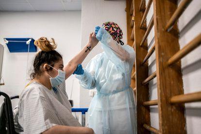 """Vanessa Martínez fará 29 anos em 26 de agosto num quarto do hospital. """"Mas já tenho vontade de sair correndo"""", diz."""