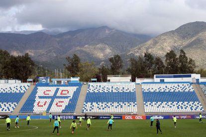 Seleção brasileira faz treino em Santiago do Chile.
