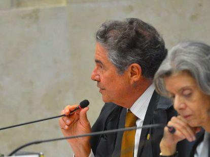 Os ministros Marco Aurélio e Cármen Lúcia, do STF.