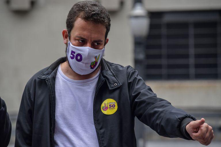 Guilherme Boulos, do PSOL, durante a campanha eleitoral na capital paulista.