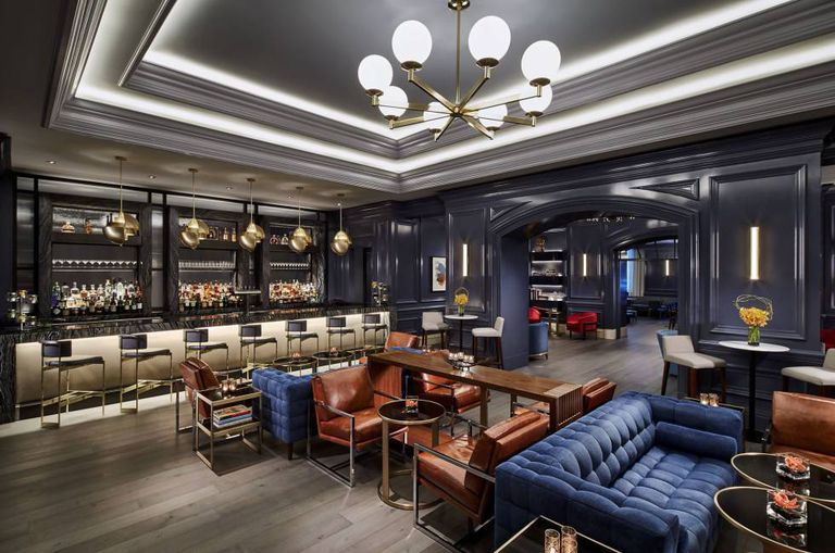 O bar do hotel Ritz-Carlton de Washington.