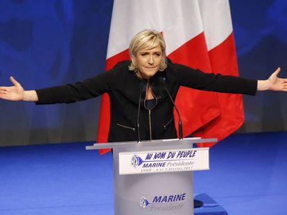 Le Pen apresenta seu programa eleitoral, neste domingo.
