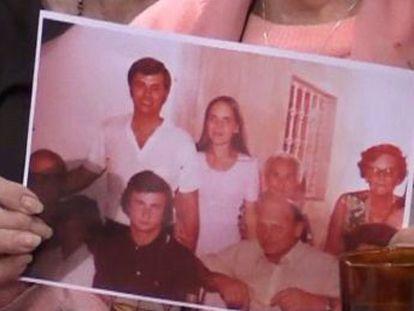 Mulher nasceu há 42 anos num centro de detenção clandestino da ditadura argentina e tem seu pai e um irmão ainda vivos