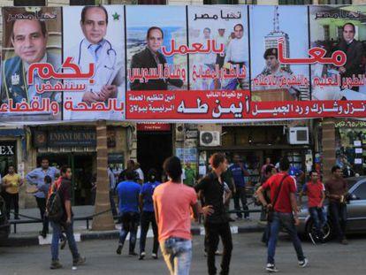 Propaganda eleitoral do general Al-Sisi nas ruas do Cairo.