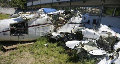 Os destroços do avião no qual viajava o ministro do STF.