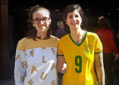 Carolina e Isabella foram ao SESC para ver o duelo entre Brasil e Austrália.