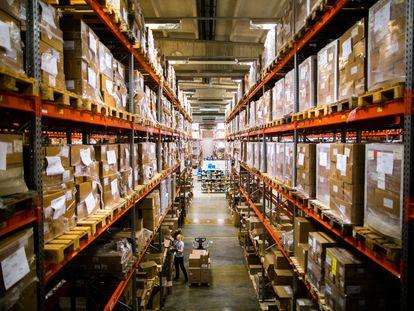 Um depósito secreto da Finlândia, em foto cedida pelo Centro Nacional de Abastecimento de Emergência.