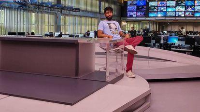 Diego Rocha na bancada do Jornal da Globo.