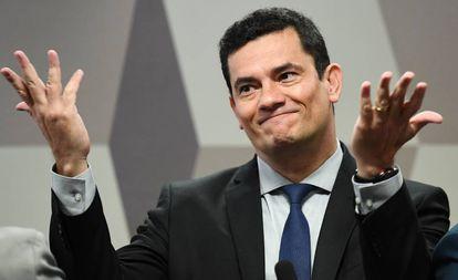 O ministro Sergio Moro fala sobre as mensagens vazadas pelo 'The Intercept' à CCJ do Senado, em Brasília, nesta quarta-feira.