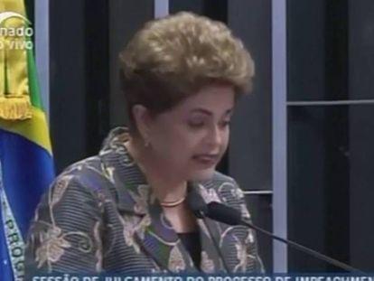 Dilma Rousseff se emocionou em um parte do discurso no Senado.