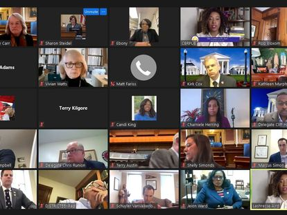 Captura de tela de uma reunião entre deputados da Virgínia (EUA), em 10 de fevereiro.