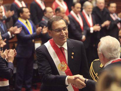 O presidente Vizcarra no Congresso.