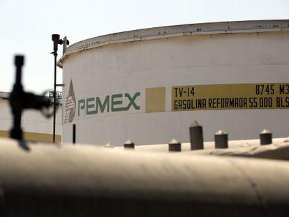 Tanque da Pemex em Tula.