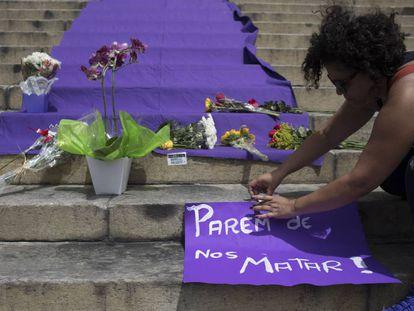 Em respeito a Marielle Franco, as fábricas de ódio do Facebook fecham por algumas horas
