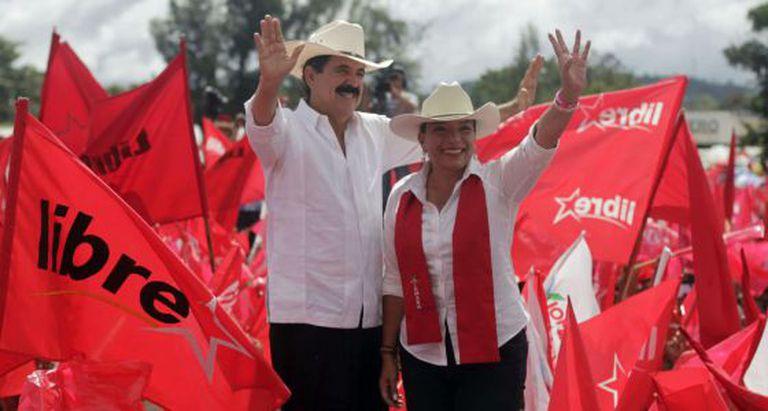 Xiomara Castro, candidata presidencial e seu marido Manuel Zelaya.
