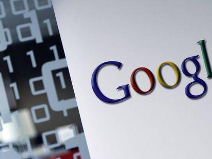 O logotipo de Google na sede de Bruxelas da companhia