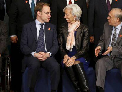 A diretora-gerente do FMI, Christine Lagarde, com os ministros de Finanças do G20