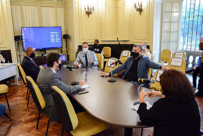"""Reunião da CPI """"Guardiões do Crivella"""" acabou sem definição de cargos na terça-feira."""