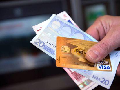 Sistema da Visa cai para pagamentos na Europa.