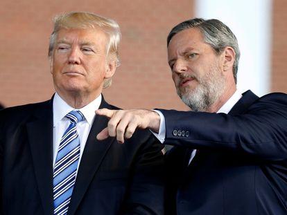 Donald Trump e Jerry Falwell Jr., na Universidade Liberty, em maio de 2017.