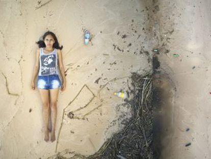 Esta jovem ativista brasileira luta para mudar os hábitos de seu povo, para que recolham e e deixem de queimar resíduos. Este é o quarto capítulo da série apresenta cinco jovens líderes que defendem a floresta