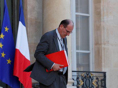 Jean Castex deixa o Palácio do Eliseu em imagem de 19 de maio.