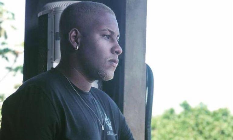 Gabriel Silva Santos, 22 anos, preso pela Polícia Militar da Bahia por suspeita de roubo