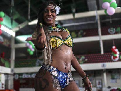 Marcelly Morena será a primeira passista trans a desfilar na escola Grande Rio.