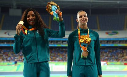 Na mesma prova de Silvania, o salto em distância na classe T11, a também brasileira Lorena Spoladore ganhou a medalha de bronze.