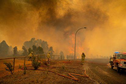 Incêndio em Perth, na Austrália, em fevereiro deste ano.