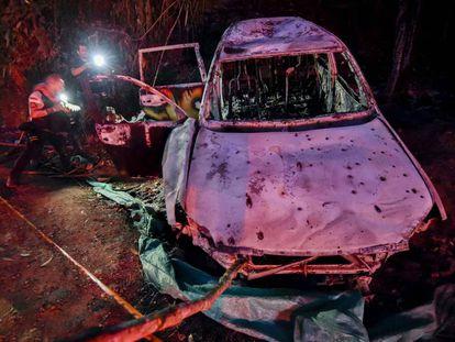 O carro onde foi assassinada Karina García, candidata à prefeitura de Suárez.