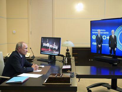 Putin durante uma videoconferência na quinta-feira passada.