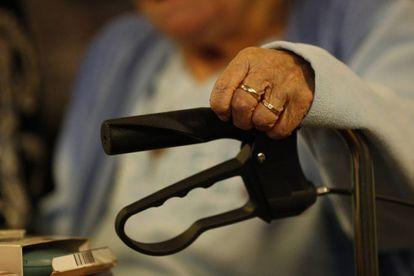 Uma idosa em uma imagem de arquivo de 2014.