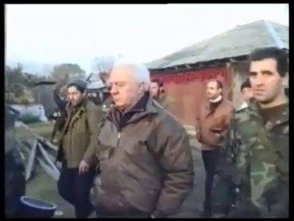 Morre Eduard Shevardnadze, ex-presidente da Geórgia.