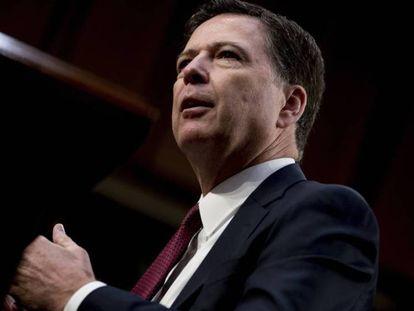 """Ex-diretor do FBI James Comey depõe no Senado e acusa Trump de """"mentir e difamar"""""""