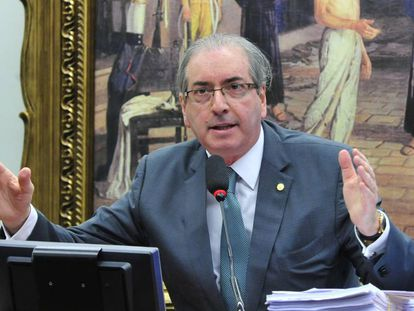 Cunha se defende na CCJ.