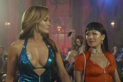 Jennifer Lopez e Constance Wu dão vida a personagens inspirados em Samantha Barbash e Roselyn Keo, respectivamente.
